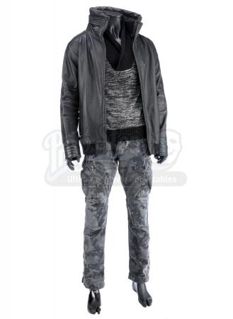 STAR TREK INTO DARKNESS (2013) - Starfleet Officer's Kronos Disguise Costume